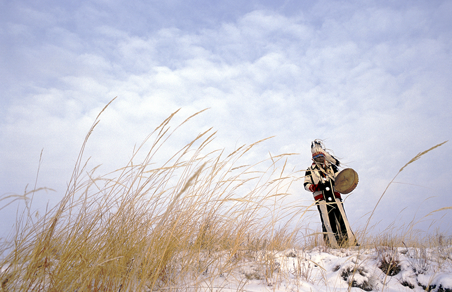 Maggie Steber - Praying over the Land, Feb. 2004